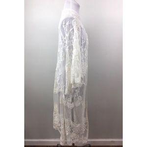 Francesca's Collections Tops - Francescas Miami  L Cream white lace kimono duster